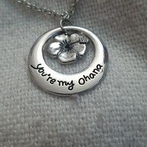 Moana Disney your my Ohana necklace nwt